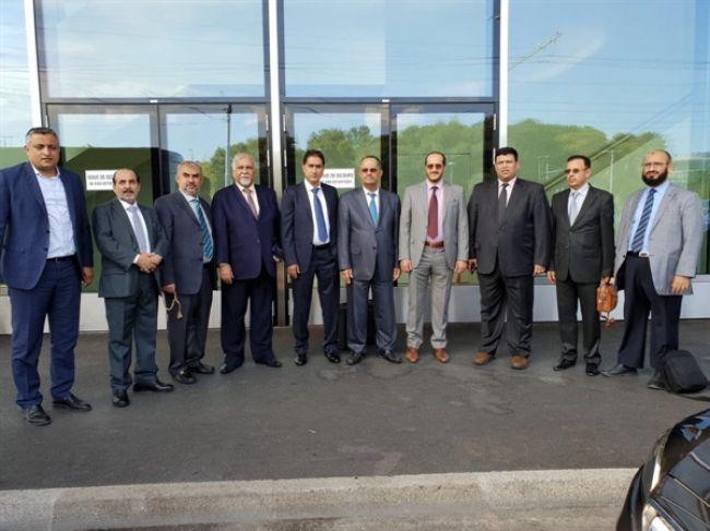 """""""غريفيث"""" يعقد أول اجتماع مع وفد الحكومة اليمنية حول مشاورات جنيف"""