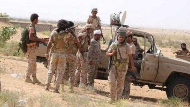 إندلاع إشتباكات بين مسلحين وأفراد الجيش في نقطة مثلث العبر بصحراء حضرموت