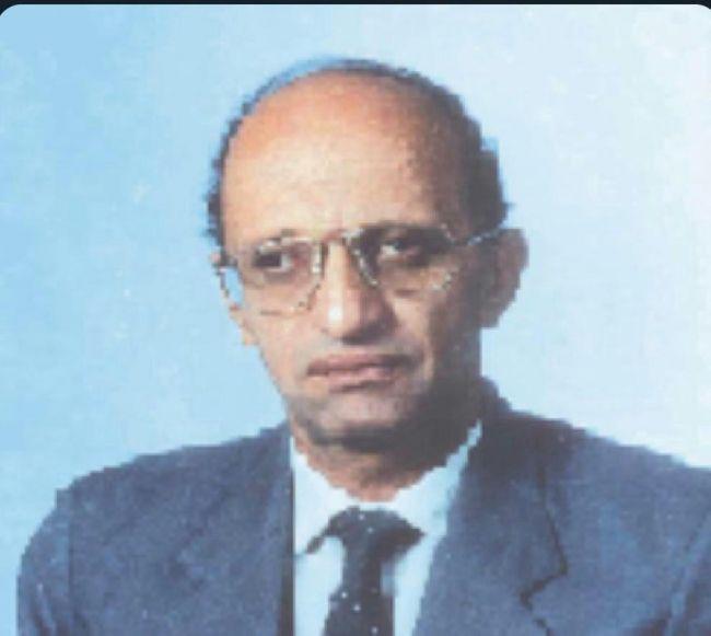 وزير الصحة يعزي وزير الاعلام في وفاة شقيق والده د . حسين الارياني