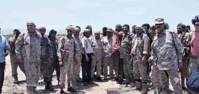 الضالع : قائد المنطقة الرابعة وقائد محور الضالع يزورون المرابطين في جبهة مريس