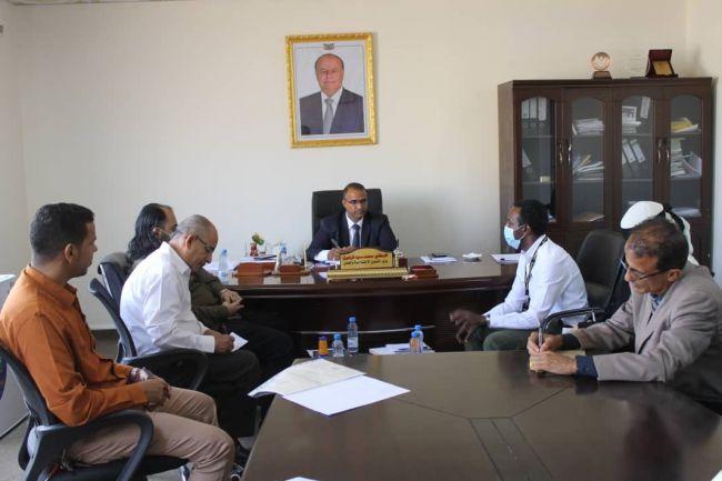 وزير الشؤون الإجتماعية والعمل يلتقي السيد زيليكي باشا عن لجنة الإنقاذ الدولية