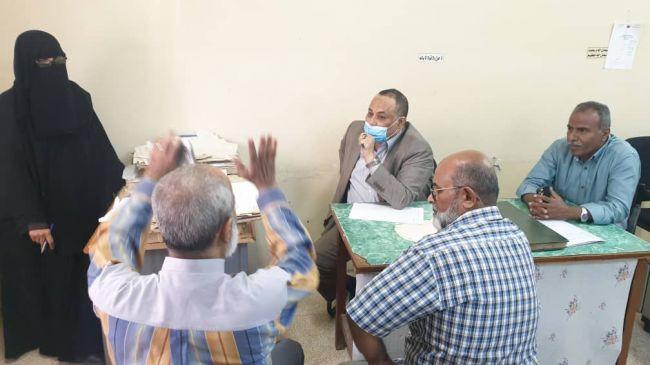 باحارثة يوجه بسحب اراضي الاستثمار التي يتم التلاعب بها في عدن
