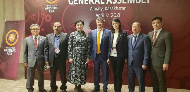 وزير الشباب يهنئ المغربي بفوزه بعضوية المكتب التنفيذي الآسيوي