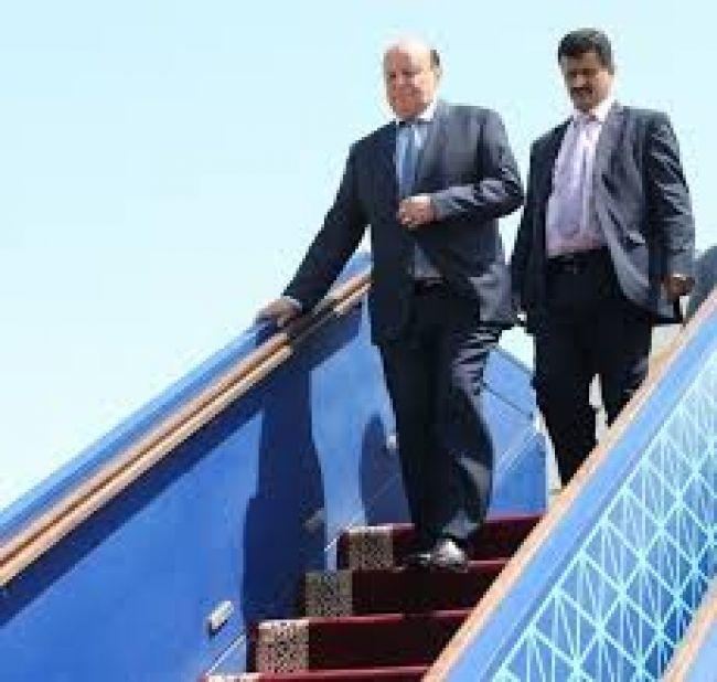 الرئيس هادي يصل الرياض بعد استكمال فحوصاته الطبية في الولايات المتحدة الامريكية
